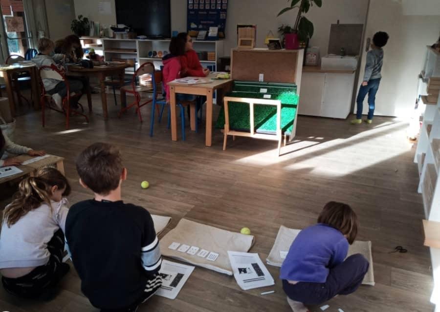 Classe de l'école Montessori