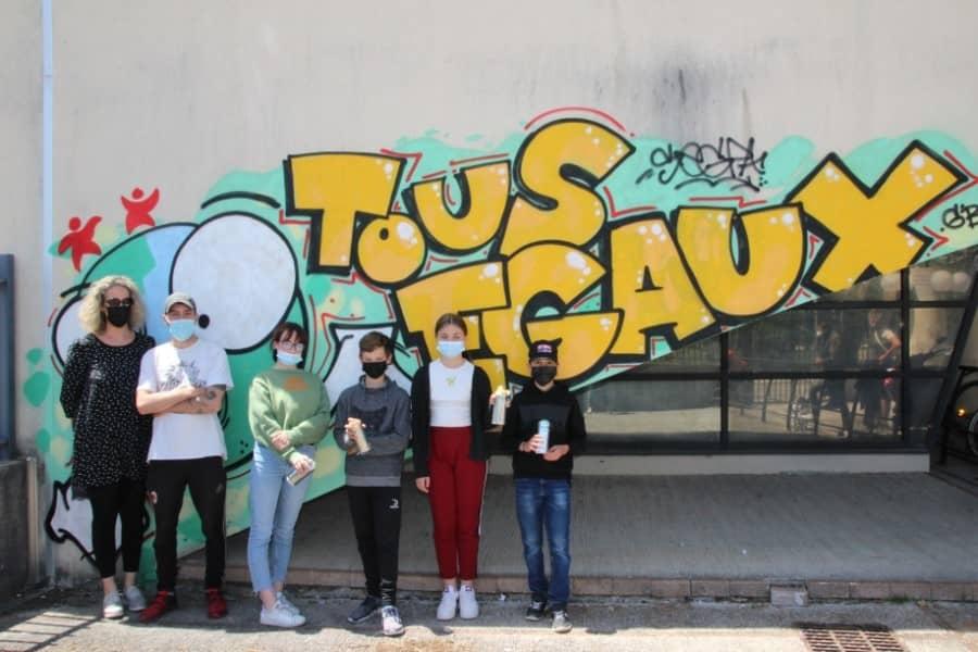 Graff au collège de Saint-Geniès