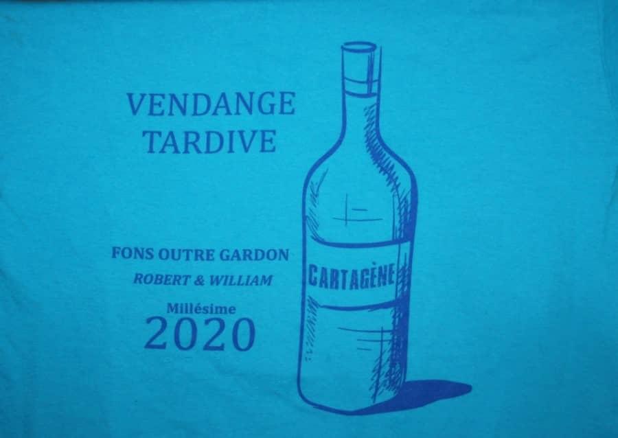 Tee-shirt avec une inscription