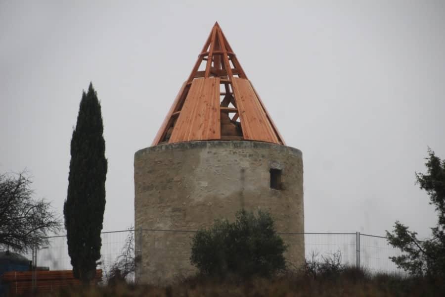 Vieux moulin en cours de restauration