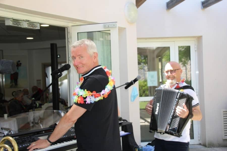 Musiciens à l'Ehpad de Parignargues