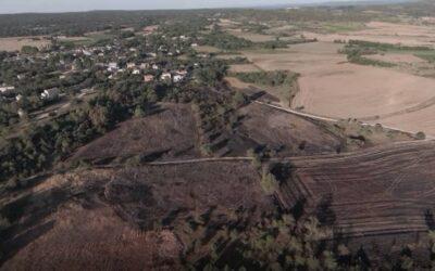 PARIGNARGUES | Survol des terres brûlées autour du village