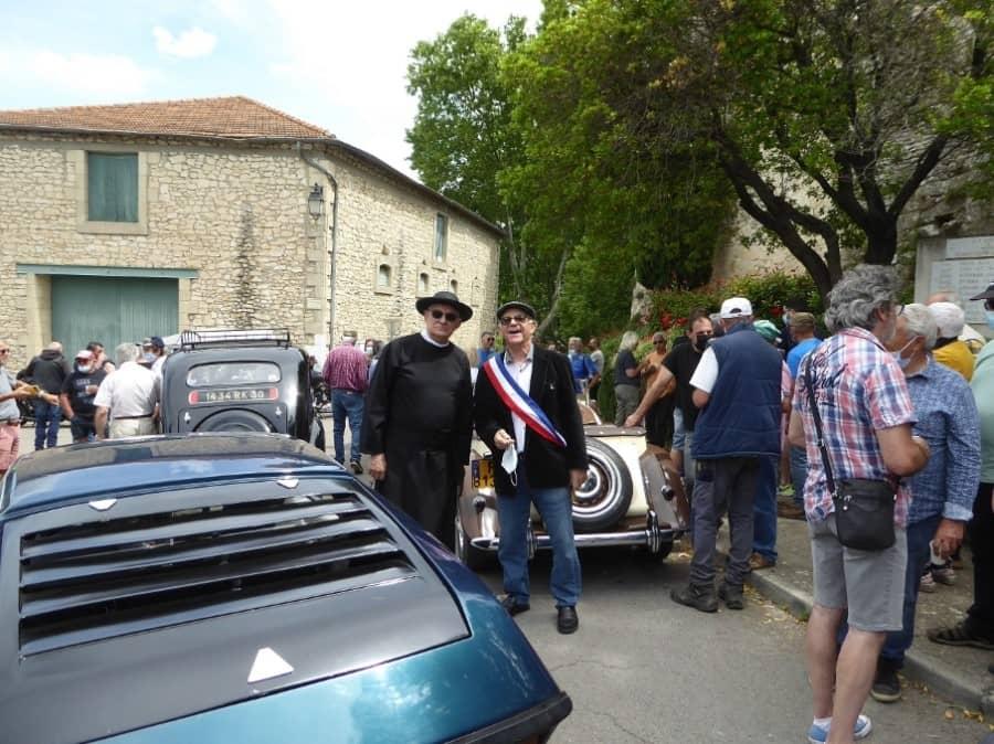 Rassemblement de Véhicules Anciens à Parignargues